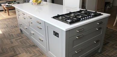 Large island with gas hob